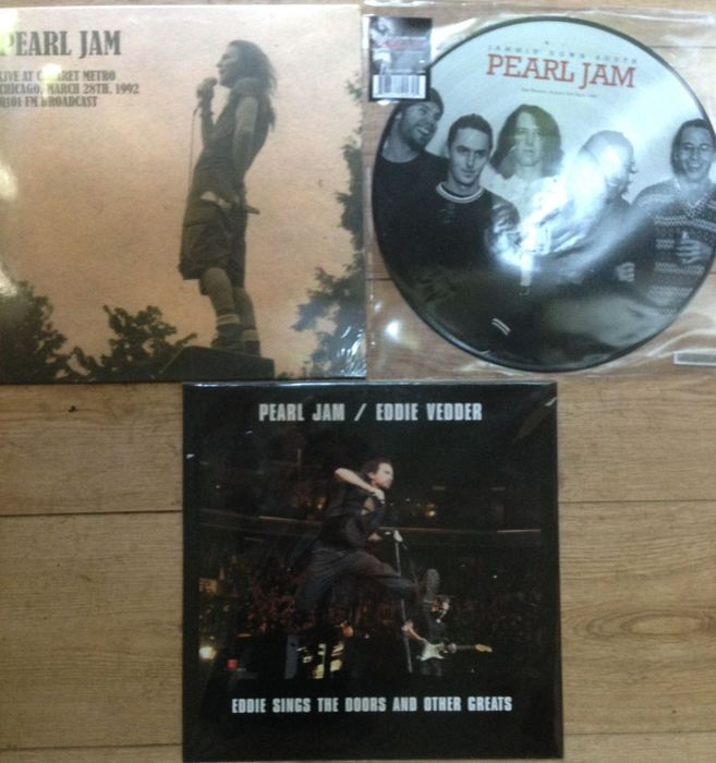 Great colledtion of Pearl Jam live recordings II 3 LP's II Mint condition -  Catawiki