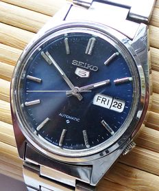 SEIKO 5 Day Date Automatic – men's wristwatch from the 1980s