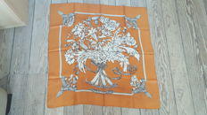 "Hermès scarf ""Regina"" designed by Leila Menchari, in good condition"