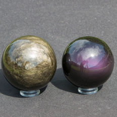 Fine set of Gold and Rainbow Obsidian spheres - 70 and 66 mm - 782gm  (2)