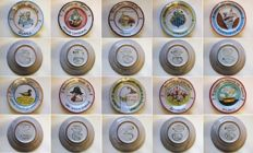 Ceramica Solimene Vietri - Collection of 20 Buon Ricordo dishes - 20th anniversary dishes - year 1984