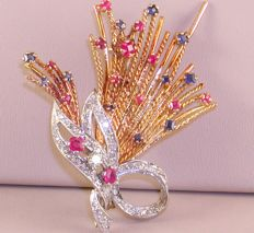 18 kt brooch with diamonds, sapphires and ruby.