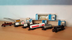Märklin H0 - 7 freight carriages: crane, tank carriages and water car