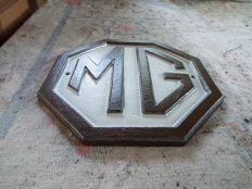 MG Logo Sign Cast Iron British Sports Cars Plaque Garage Workshop Retro