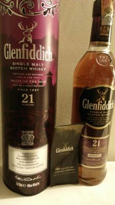 Glenfiddich 21 years old Rum Cask - celebration of the 40th anniversary of the distillery visitor centre