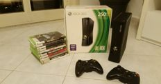 Microsoft X box 360 -250 GB - 10 games original