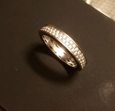 White gold ring with zirconias by the brand Blush. 585, 14 kt. Solid, ring size: 17