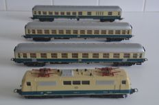 Lima H0 - 8040/9174/9179/9336-Electric locomotive BR111 with 3 wagons of the DB