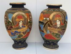 Pair of Satsuma vases, 31 cm and 32 cm  high, Japan, around 1920s/1930s