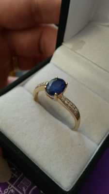 Extremely rare Burmese Blue Spinel & white zircon ring in gold. Vintage style. very low reserve