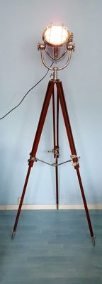 Luxury chrome-plated lamp on tripod