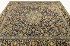 Fine Persian carpet Kashan 3.62 x 2.76 blue handwoven, high-quality new wool, oriental carpet GREAT CONDITION no. 79