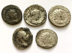Roman Empire - Lot of five Antoninians Gordian III ( 3 p.), Trebonian Gallus ( 1 p.) and Valerian I ( 1p.)