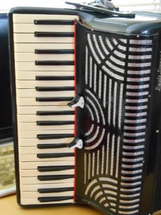 Paolo Soprani accordion complete with case