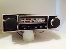 Pianola SR 602 classic car radio from the 1960s/1970s