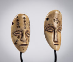 Pair of small masks (masquettes) Lukungu - LEGA - R. D. Congo