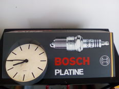 Bosch Platine - Garage clock - 51 x 31 cm triangular