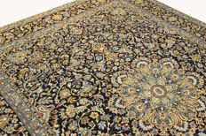 Fine Persian carpet Kashan 3.62 x 2.76 blue hand-woven, high-quality new wool, oriental carpet GREAT CONDITION no. 79