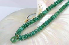 Emerald necklace with emerald briolette clasp 14 kt yellow gold - 43.5 cm