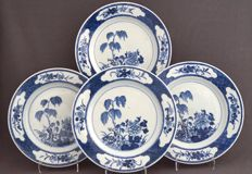 Plates painted with a décor of weeping willow, lotus and flowering branch – China – 18th century