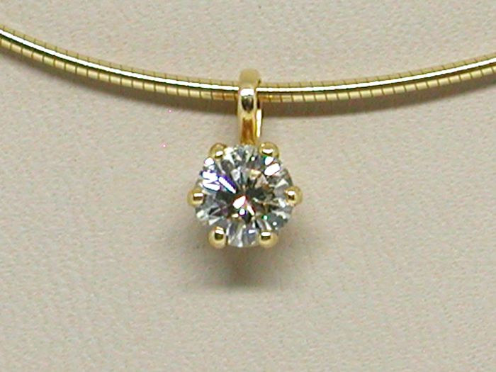 Necklace & Diamond Pendant total 0.79 ct. 18K Yellow Gold // Length Necklace: 40,0cm.