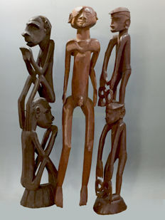 3 old wooden ancestor spirit figures - Central Asmat - West-Papua