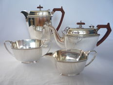 Four part silver plated Art deco coffee and tea set, England, ca. 1930