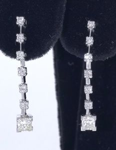 Ear studs set with diamonds, 0.86 ct in total - 2.5 cm, with a jewellery certificate