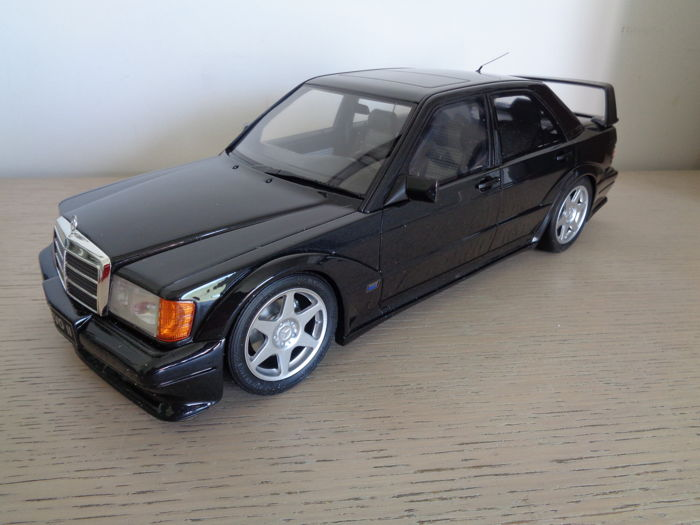Otto Mobile   Scale 1/12   Mercedes Benz 190E 2.5 16 Evolution