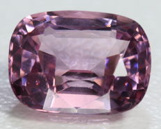 Pink - Spinel -  2.92 cts