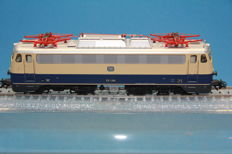 "Märklin H0 - 39121 - Electric locomotive Series BR E-10.12 ""Rheingold"" of the DB ""Bugelfalte"""
