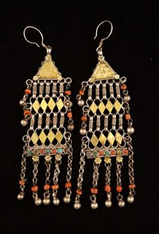 Antique hand-made silver earrings - Afghanistan - Early 20th century