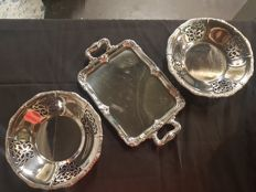 Alessi tray and 2 fruit bowls/bread bowls