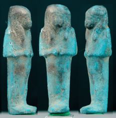 Egyptian blue faience Shabti with hieroglyphs on his back - 5,9cm c. 2,32 inches