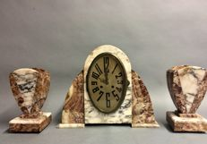 Art Deco marble mantel clock with two decorative pieces