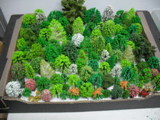Scenery H0 - A lot with 123 trees by Busch Noch Heki and others