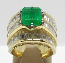 Diamond & Emerald Ring total: 11,10ct.