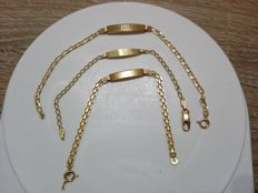 Lot of 3 x 18 kt yellow gold bracelets, period: 1960s