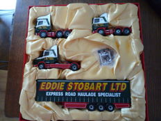 Corgi - Scale 1/50 - Set with 3 Scania Trekker 1 x Topline, 1 x T Cab, 1 x 4 series, 1 x Curtainside Trailer & 1 History Booklet on Eddy Stobart