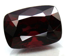 Red Spinel - 2.28 cts - No reserve
