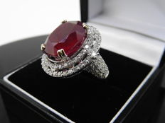 18k Gold Ruby and Diamond Cluster Ring - size 52