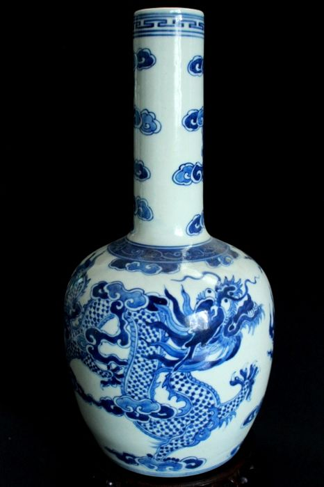 Blue and white painted vase with dragon, clouds and flames - China  - end of the 20th century