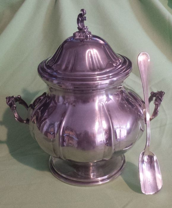 Sugar bowl in silver 800
