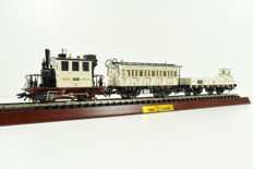 "Märklin H0 - 28970 - Wedding Train with ""Glaskasten"" ""Glass Cabinet"" passenger carriages and low sided boxcar with Wedding Coach"