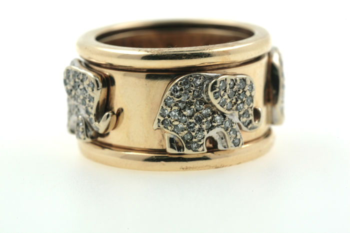 585 elephants, brilliants fo approx. 2.5 ct, SI H - yellow gold ring - size 57
