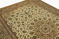 Fine Persian carpet Kashan 3.60 x 2.50 cream handwoven high quality new wool oriental carpet GREAT CONDITION no. 82