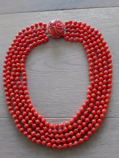 Heavy 5 row corral necklace salmon/orange with carved corral clasp