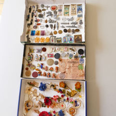 Many loose WHW pendants, badges, pins and documents from the Third Reich