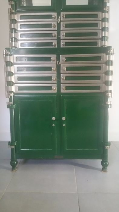 Merveilleux Bown Dental Cabinets U2013 Industrial Dental Cabinet In Steel And Brass With 12  Drawers
