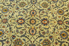 Fine Persian carpet Kashan 4.25 x 3.05 OVERSIZE pistachio green genuine handwoven oriental carpet, great condition no. 107
